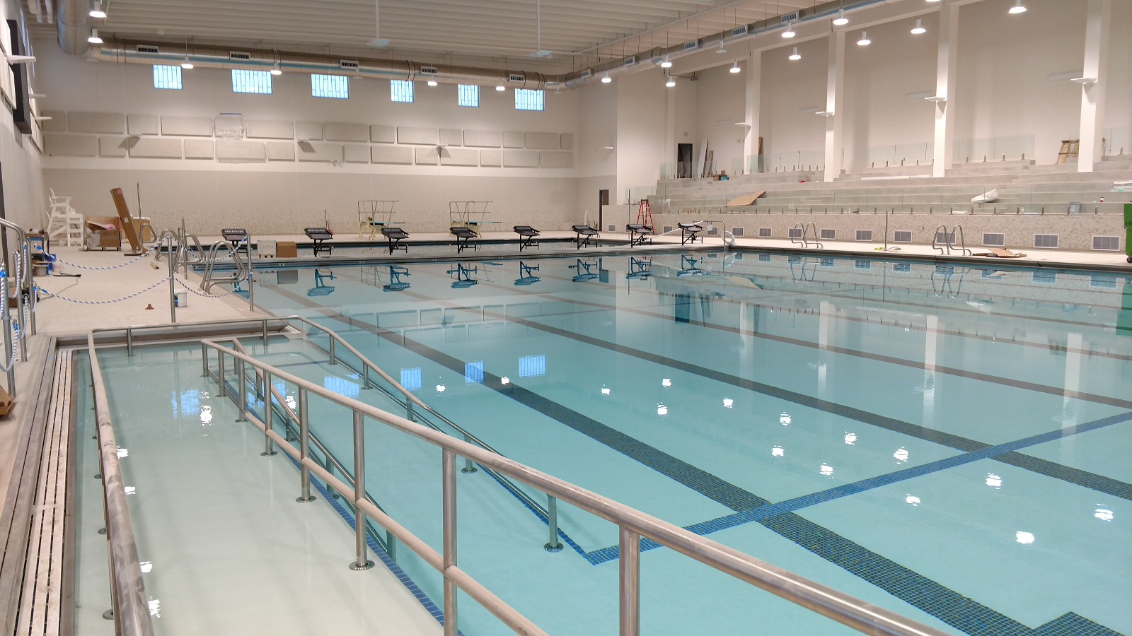 Eight lane competition stretch pool with a movable bulkhead.